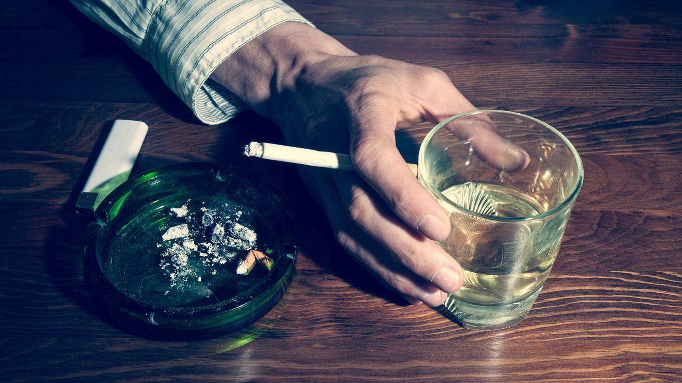 Alkohol und Zigaretten